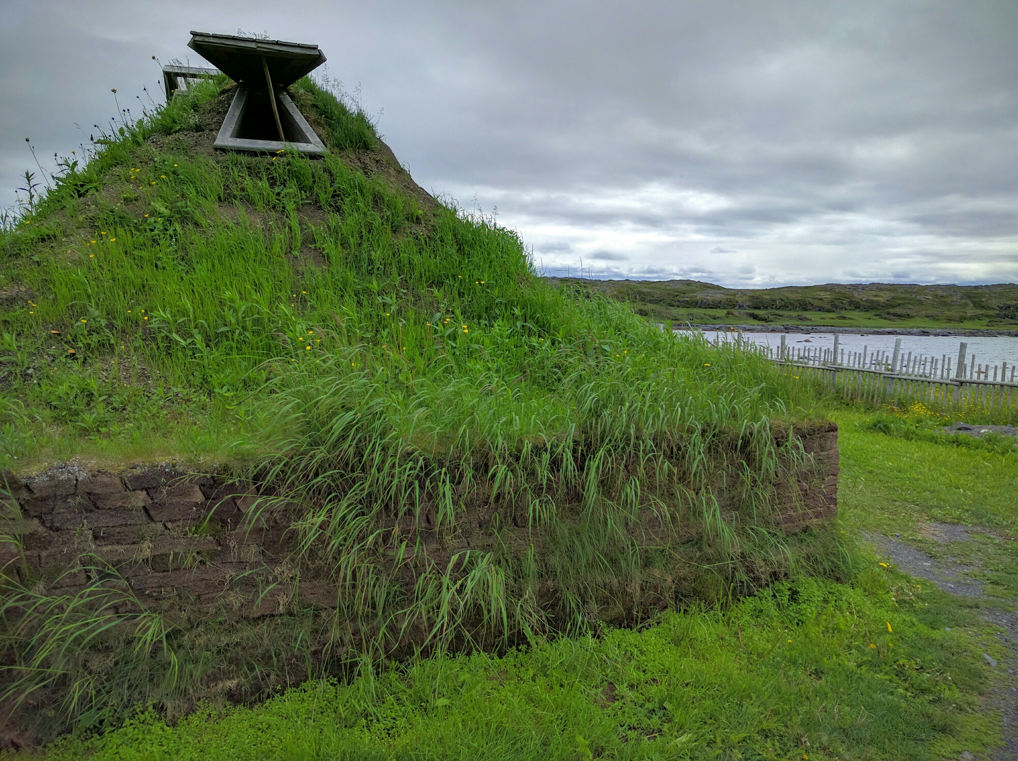 Viking structure replicas at L'Anse aux Meadows
